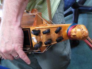 Bebette the hurdy-gurdy